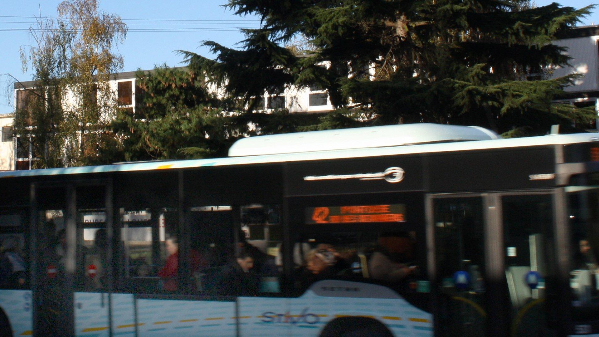 Bus Stivo 42 Cergy Pontoise Accès Djem Formation transports en commun