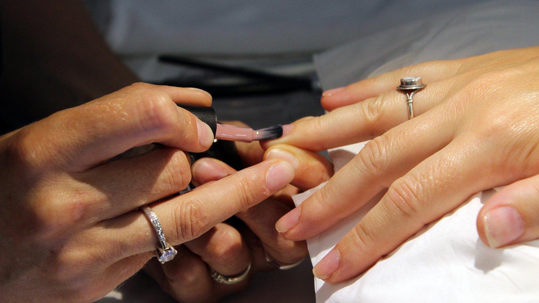 Du soin des ongles au Nail Art. Formation certifiante de prothèsiste ongulaire à Cergy Pontoise Val Oise 95 Ile de France 3